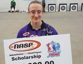 Sarcoxie Teen Hits Her Mark